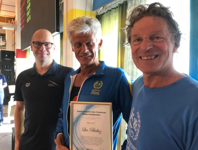 Leo Bielicz fik årets                                               Svenska Simförbundets og                                               Glen Christiansens Masters                                               Stipendium